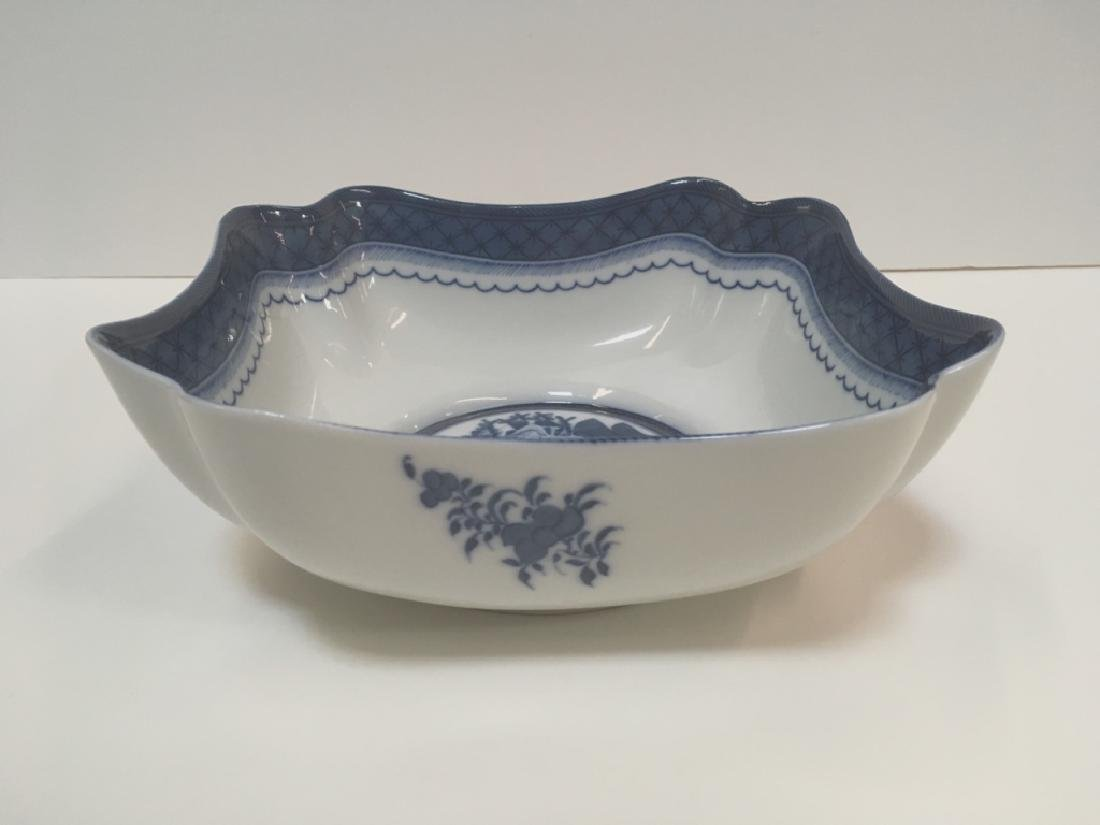 MOTTAHEDEH BLUE CANTON LARGE SQUARE BOWL