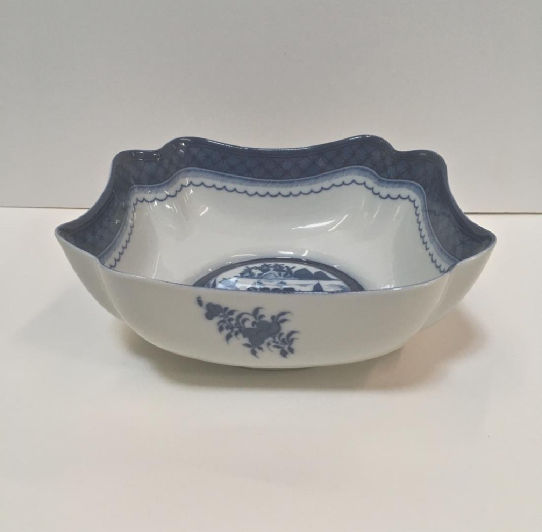 MOTTAHEDEH BLUE CANTON LARGE SQUARE BOWL - 2