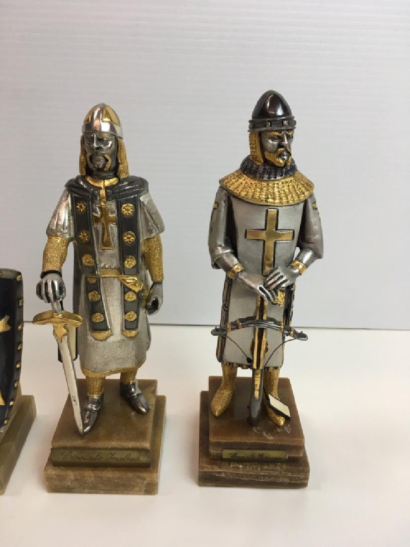 4 PAINTED AND GILDED METAL CRUSADER FIGURES - 2