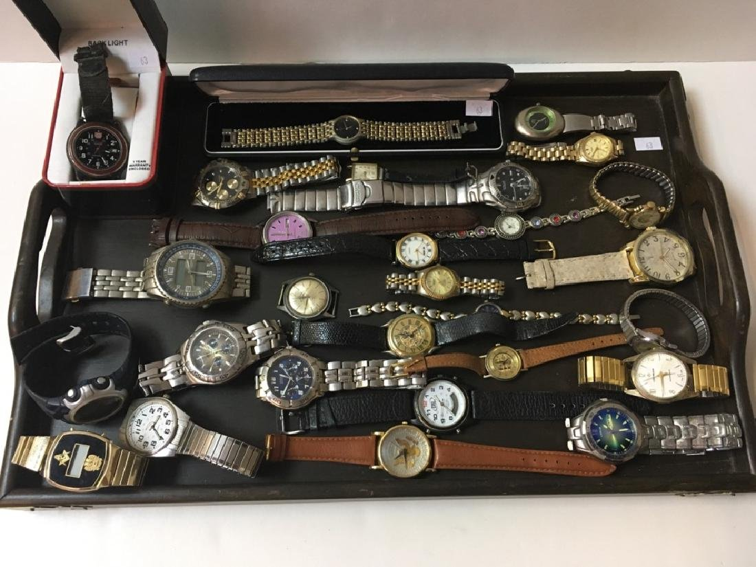 TRAY LOT OF VINTAGE & CONTEMPORARY WATCHES