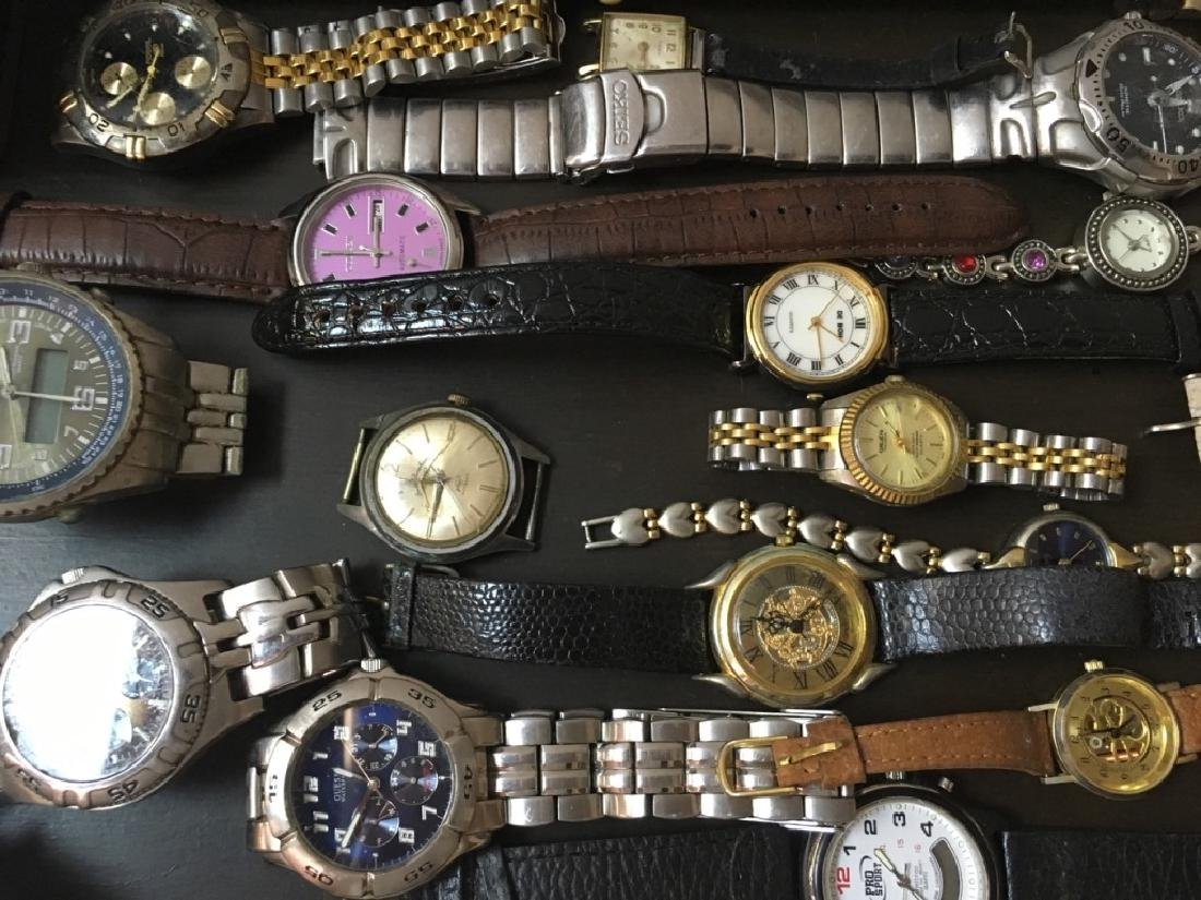 TRAY LOT OF VINTAGE & CONTEMPORARY WATCHES - 6