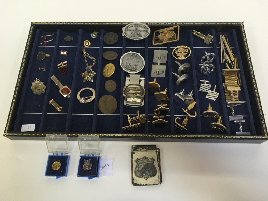 TRAY LOT OF MILITARY, CUFF LINKS, FRATERNAL & MORE
