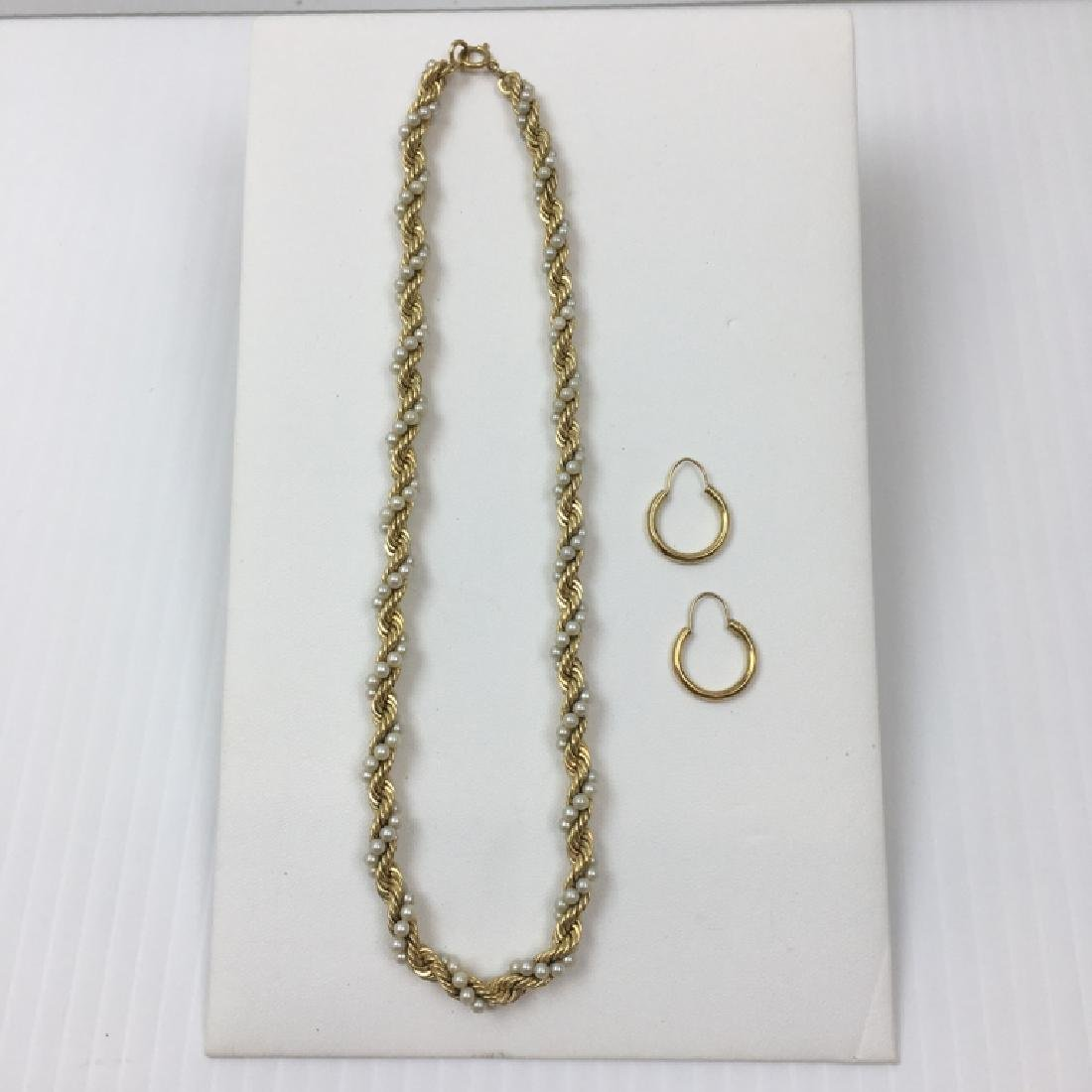14K YELLOW GOLD NECKLACE & 14K HOOP EARRINGS