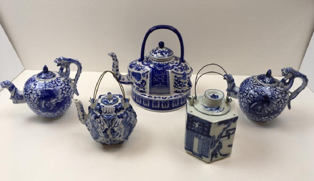 5 CHINESE BLUE & WHITE TEAPOTS