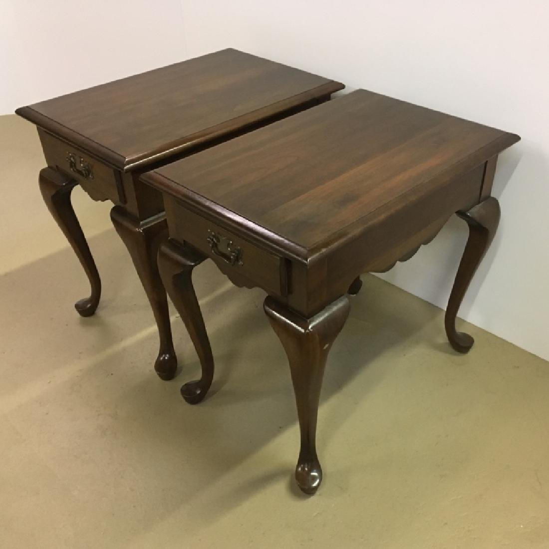PAIR OF QUEEN ANNE STYLE END TABLES - 3