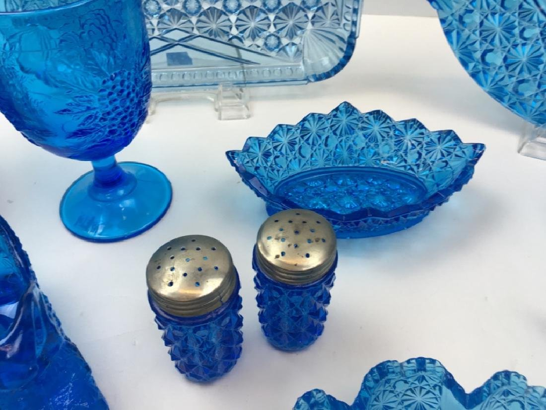 12 PCS OF PEACOCK BLUE DEPRESSION & BLOWN GLASS - 6