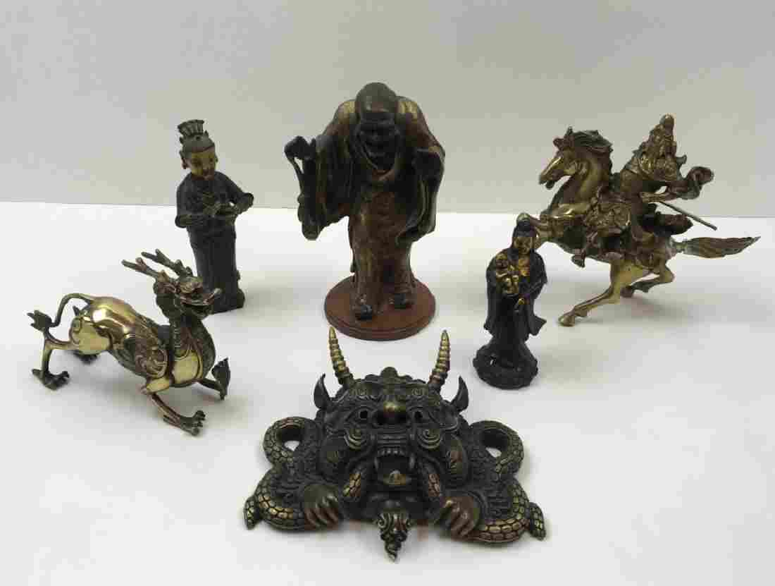 6 PCS OF DECORATIVE METAL FIGURES