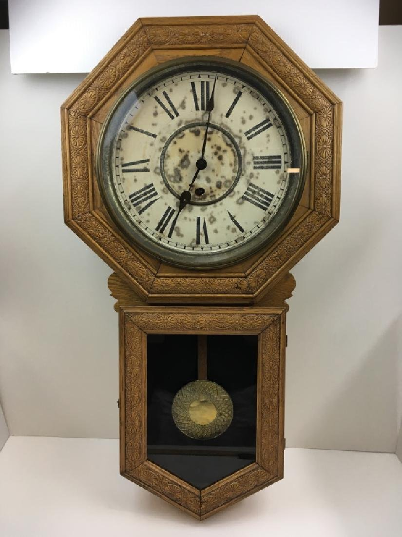 ANTIQUE SESSIONS STAR POINTER OAK WALL CLOCK