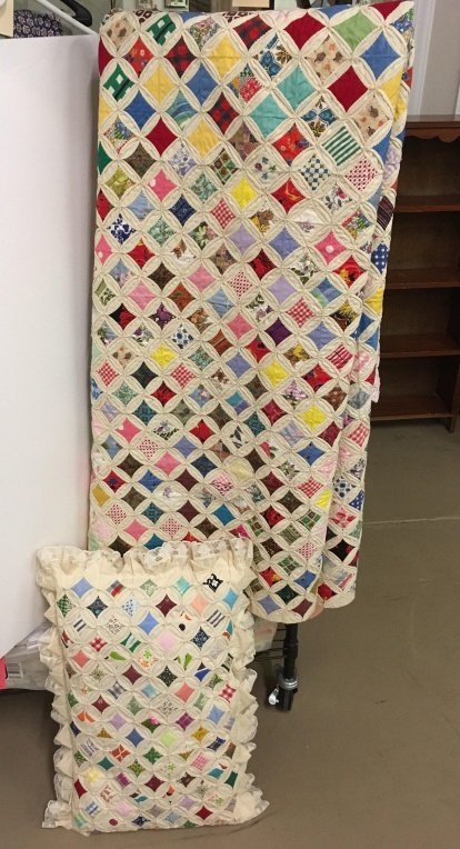 VINTAGE HANDMADE CATHEDRAL WINDOW QUILT & PILLOW