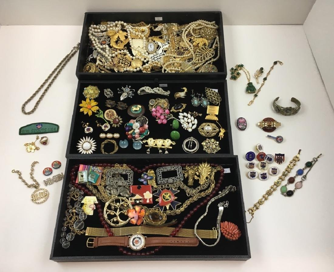 ASSORTED VINTAGE & FASHION COSTUME JEWELRY