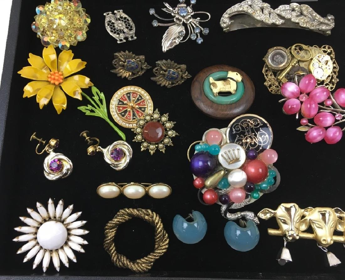 ASSORTED VINTAGE & FASHION COSTUME JEWELRY - 6