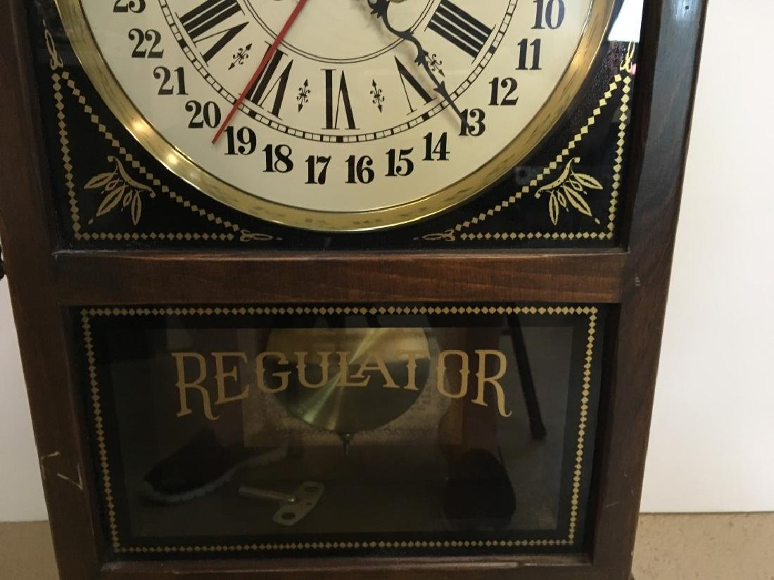 1970'S REGULATOR CLOCK BY NEW ENGLAND CLOCK - 3