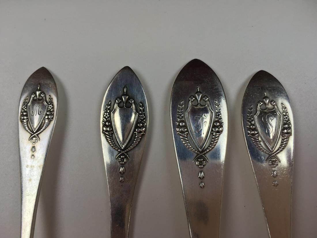 71 PCS OF MOUNT VERNON STERLING FLATWARE BY LUNT - 10