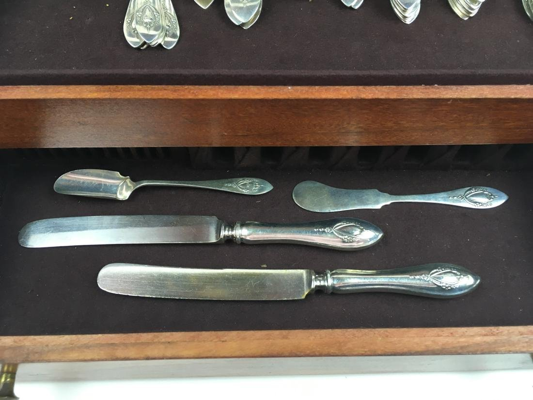 71 PCS OF MOUNT VERNON STERLING FLATWARE BY LUNT - 4