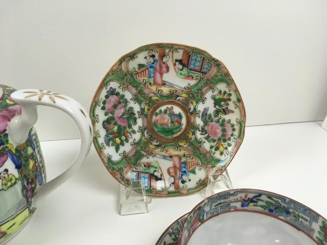 16 PCS OF HAND PAINTED FAMILLE ROSE PORCELAIN - 3