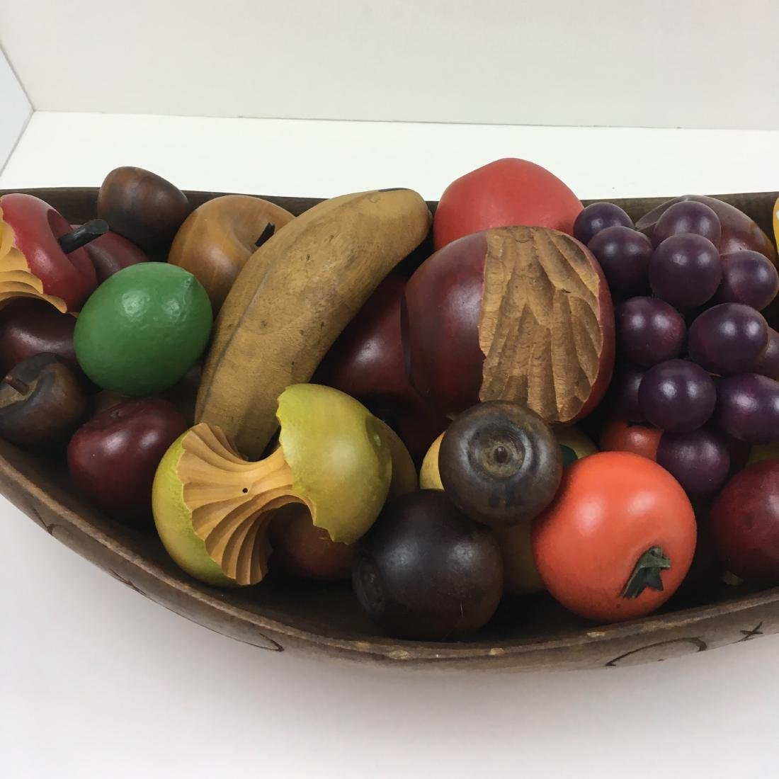 ASSORTED CARVED FRUIT WITH BOWLS & BASKET - 8