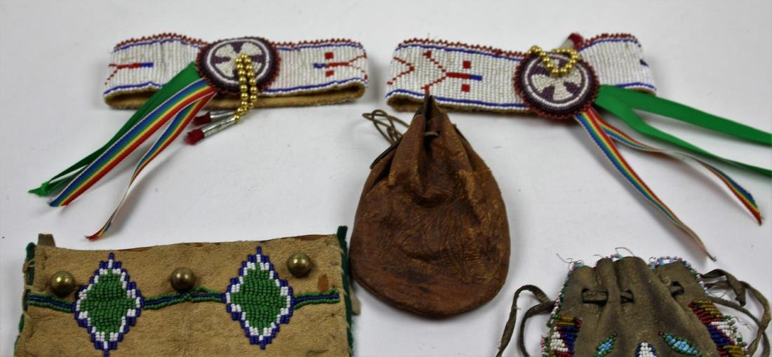 FIVE PIECES NATIVE AMERICAN - BEAD & LEATHER - 2