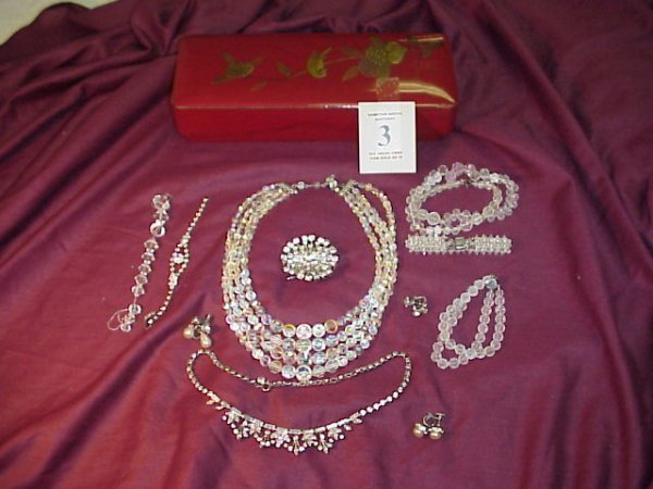 3J: 2 crystal/glass necklaces, 2 bracelets; rhinestone