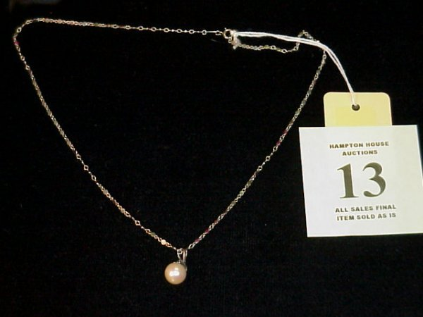 13J: Pearl Pendant on 18K White Gold Chain
