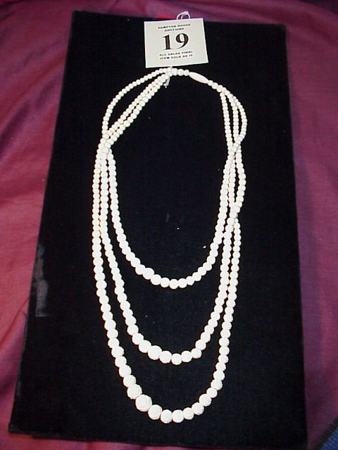 19J: Carved Bone Necklace, graduated lengths to 24""