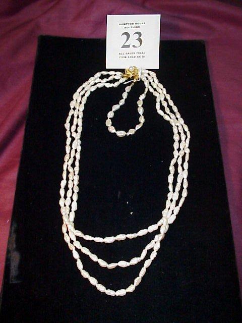 "23J: Seed Pearl Necklace 20"" triple strand w/silver cla"