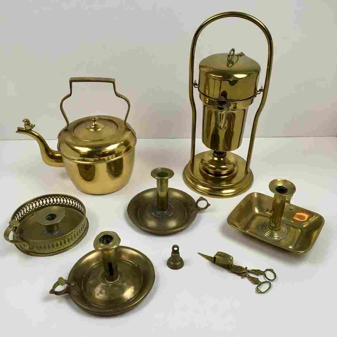 EIGHT PCS OF DECORATIVE BRASS