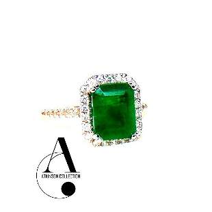 Luxury Ring: Natural Zambian Emerald & Diamond