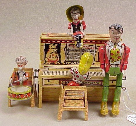 1106: Tin Wind-Up-Li'l Abner's Dogpatch Band