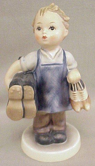 17: Hummel Figurine Boots #143/O