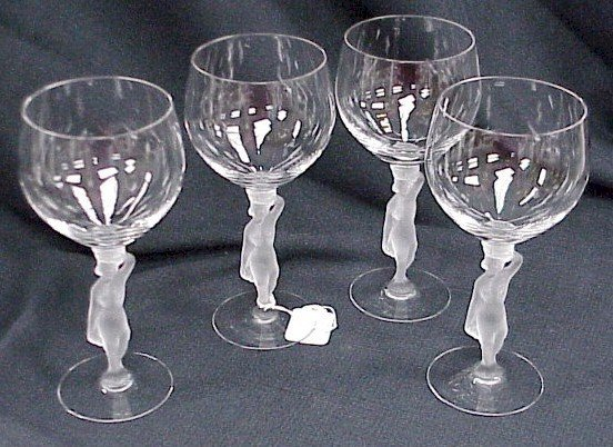 922: 4 Frosted Nude Wine Goblets