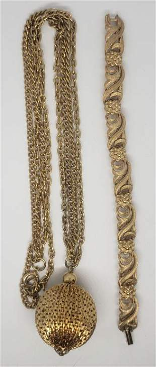 VINTAGE GOLD TONED JEWELRY LOT: (1)DOUBLE