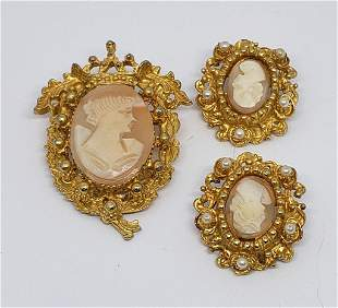 SET! VTG GOLD TONED CAMEO BROOCH WITH