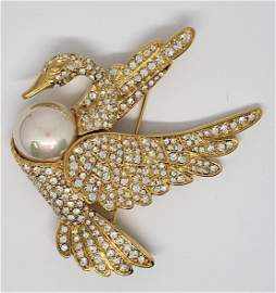 VINTAGE NOLAN MILLER GOLD PLATED FAUX PEARL