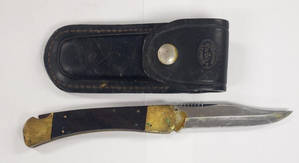 Vintage Kabar Lock Back Hunting Knife W/Sheath
