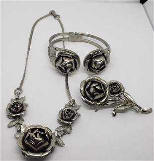 SET! VINTAGE SILVER TONED ROSE NECKLACE WITH