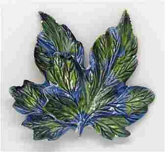 VITNAGE DOUBLE LEAF BROOCH WITH BLUE AND