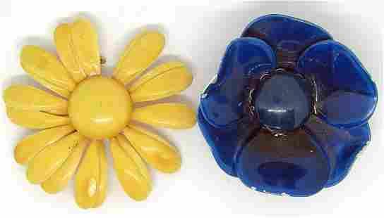 2-RETRO METAL FLOWER BROOCHES: (1)NAVY