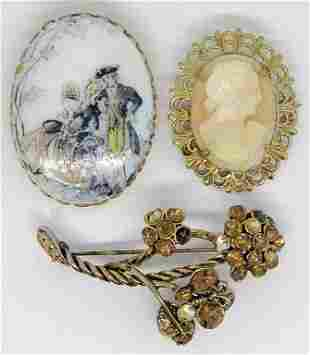 3 VINTAGE GOLD-TONED BROOCHES;