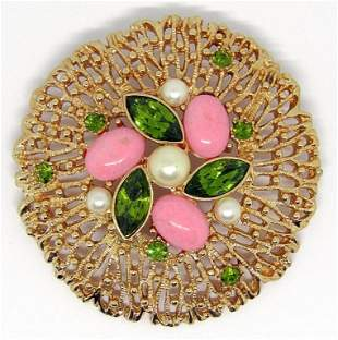 VINTAGE SARAH COVENTRY GOLD TONED BROOCH