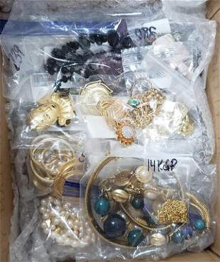 40-PRE-BAGGED JEWELRY LOTS! VTG SOME NAME BRAND