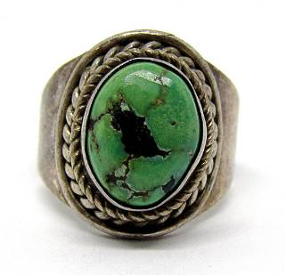 SZ 9 SOUTHWESTERN STERLING RING WITH GREEN