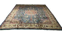 Persian isfahan 1426 fine antique style rug wool pile