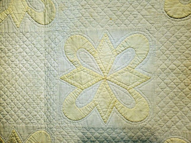 Vintage 1920s Star and Crescent Quilt