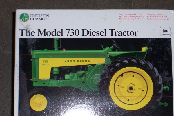 4751: John Deere 730 D Precision New In Box