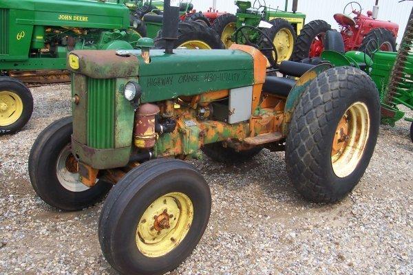 15111: John Deere 430 Utility Tractor #156732