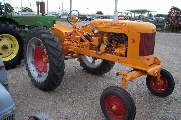 14936: Minneapolis Moline BF Tractor