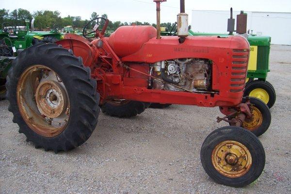 15126: Massey Harris 444 LP Tractor #75834