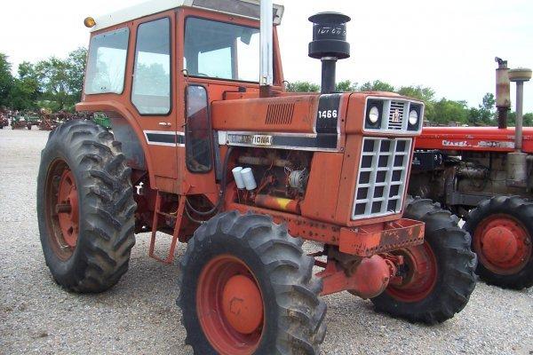 15128: International Harvester 1466 Tractor