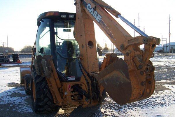 1002: Case 580 Super M Backhoe