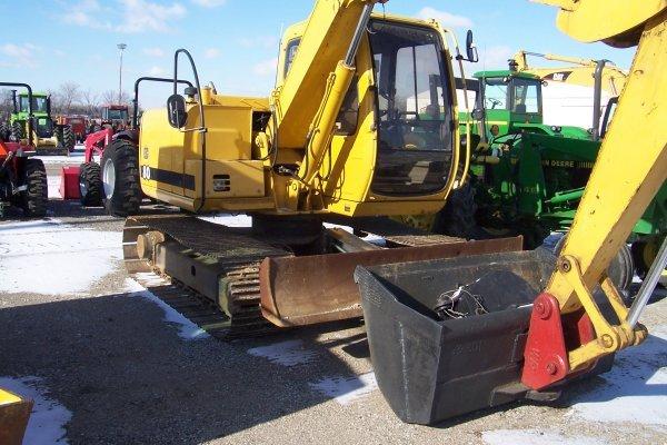 1011: JD 80 Excavator